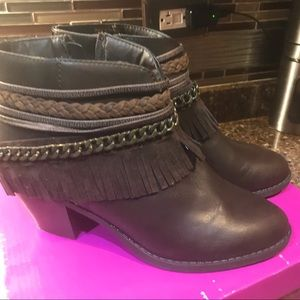 Ladies brown ankle boots chainankle size 8 new